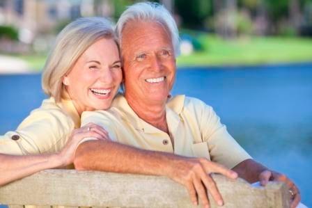 Happy_Retirees___iStock_000019763214_Large.jpg